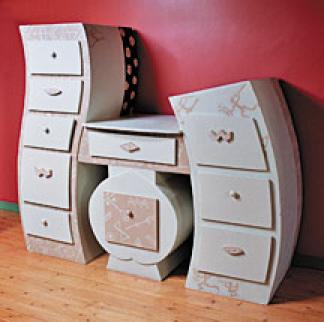photos canap en carton fabrication. Black Bedroom Furniture Sets. Home Design Ideas
