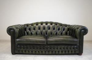 canapé chesterfield convertible d'occasion 12