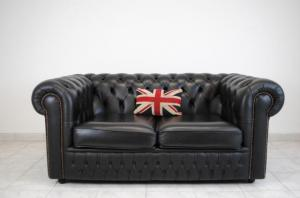 canapé chesterfield convertible d'occasion 15