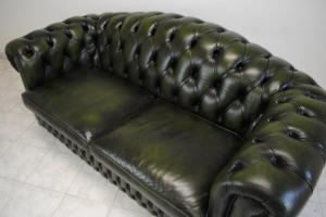 canapé chesterfield convertible d'occasion 17