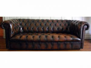 canapé chesterfield cuir 18