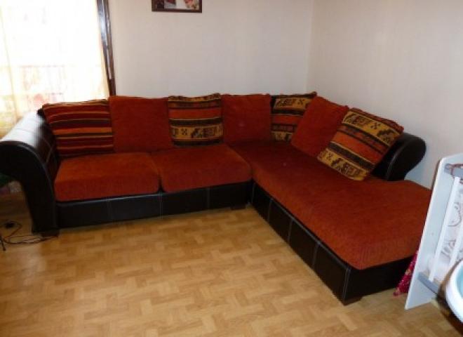photos canap conforama orange et marron. Black Bedroom Furniture Sets. Home Design Ideas