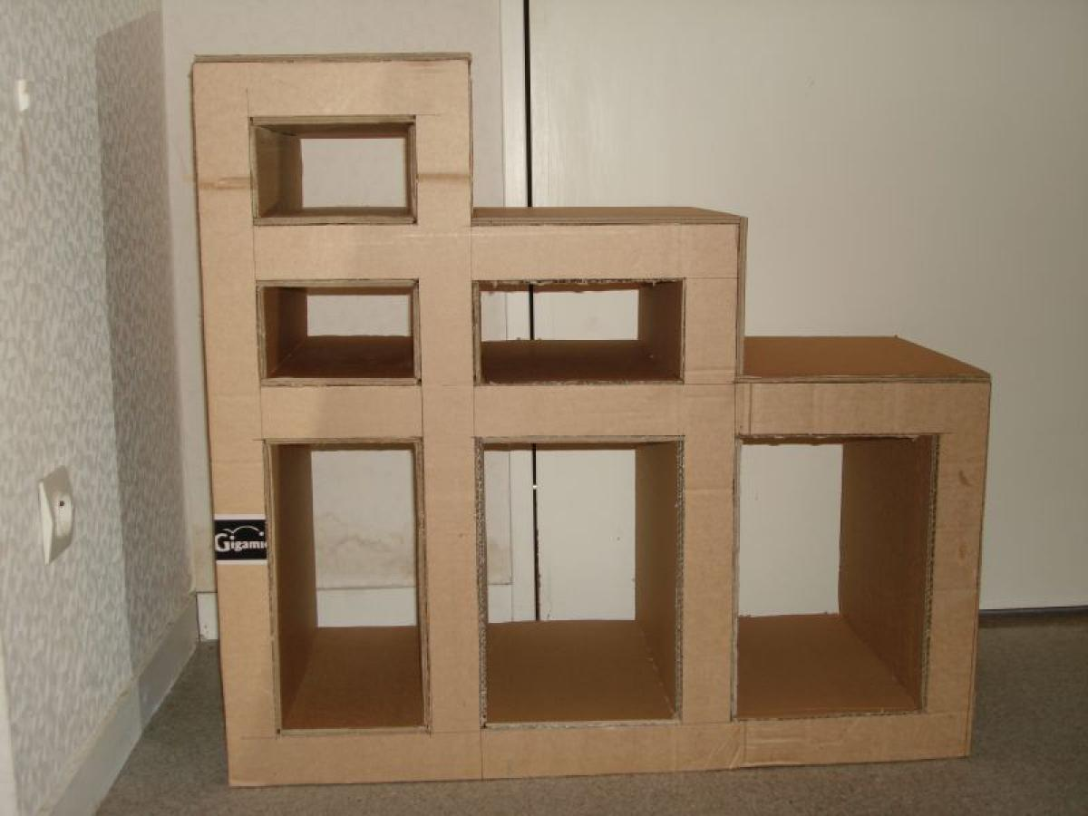 photos canap en carton fabrication. Black Bedroom Furniture Sets. Home Design Ideas