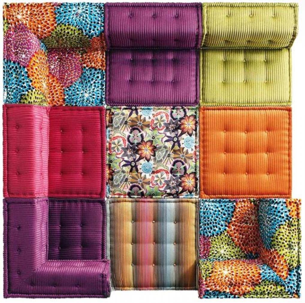 photos canap jean paul gaultier roche bobois prix. Black Bedroom Furniture Sets. Home Design Ideas