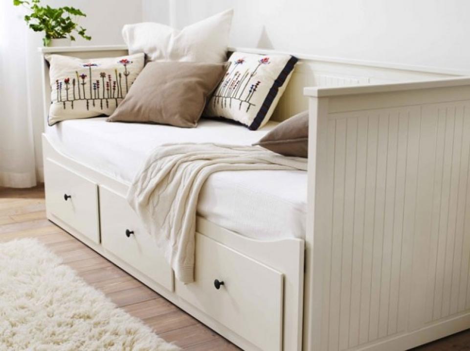 photos canap lit pas cher ikea. Black Bedroom Furniture Sets. Home Design Ideas
