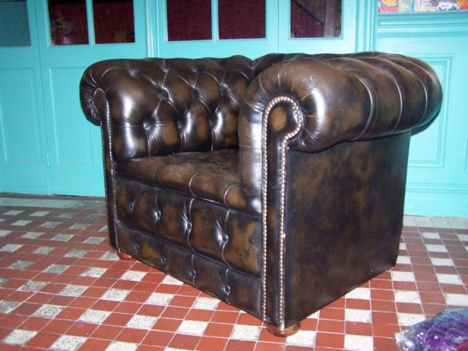 Photos canap chesterfield occasion suisse - Fauteuil chesterfield occasion ...