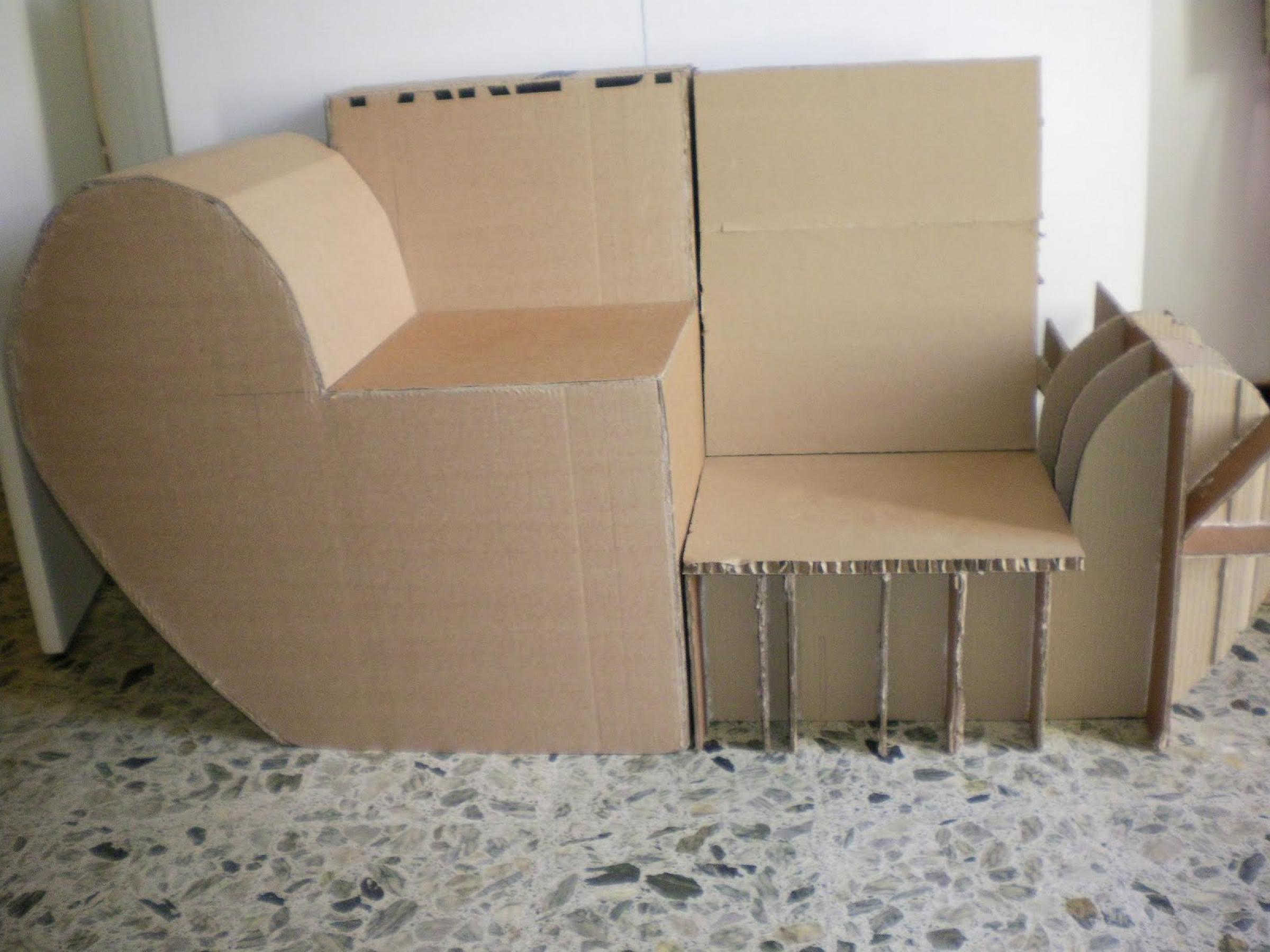 photos canap en carton. Black Bedroom Furniture Sets. Home Design Ideas