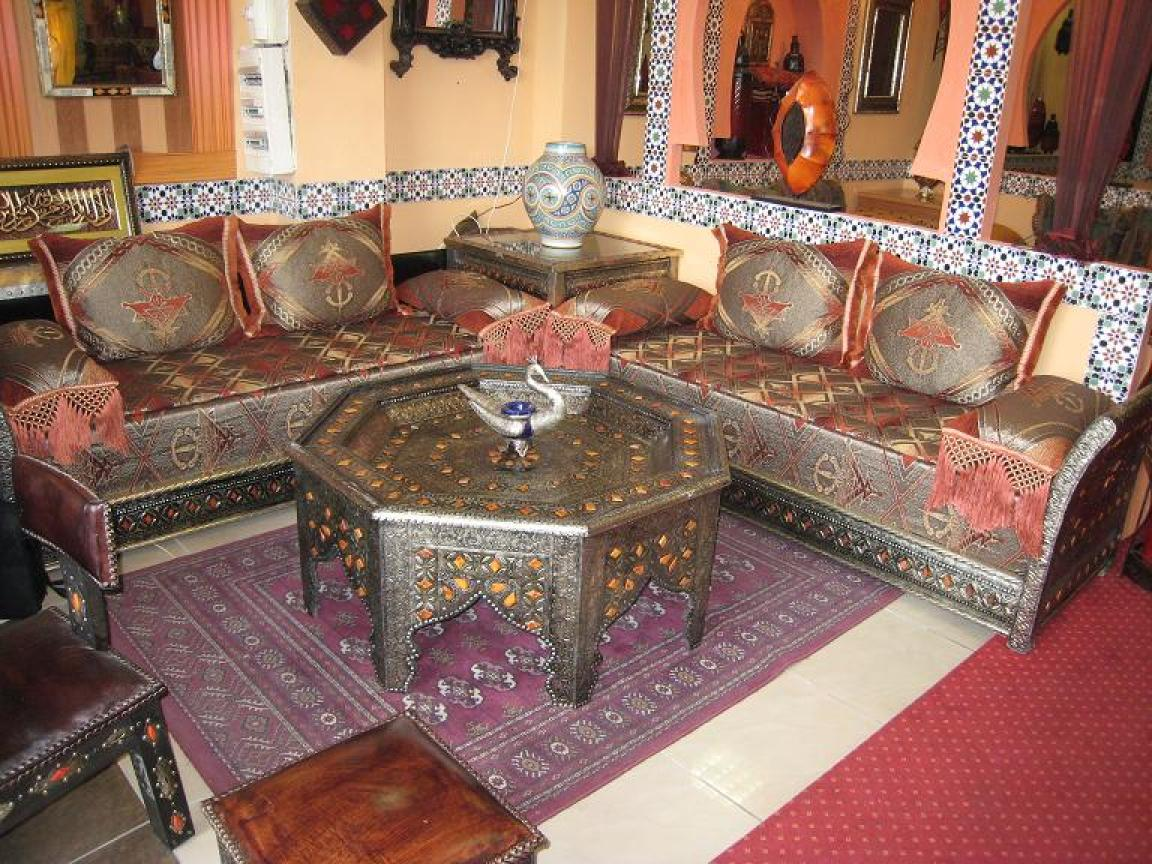 photos canap marocain. Black Bedroom Furniture Sets. Home Design Ideas