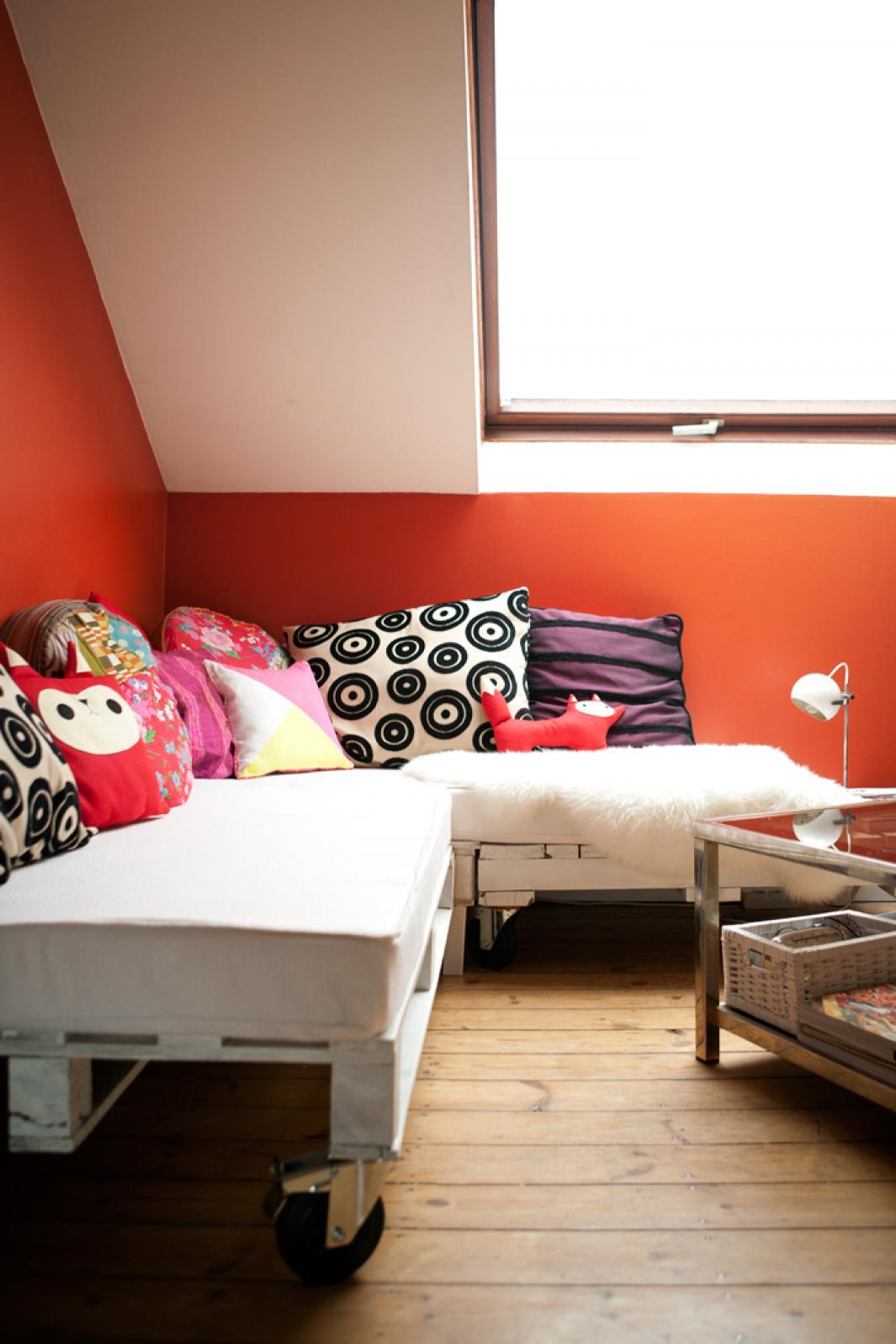 photos canap palette matelas. Black Bedroom Furniture Sets. Home Design Ideas