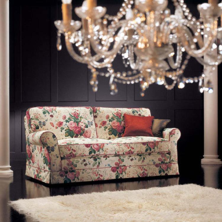 canape anglais a fleurs hoze home. Black Bedroom Furniture Sets. Home Design Ideas