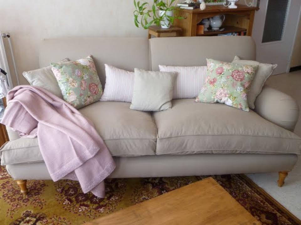 Canape anglais 28 images id 233 e de chambre on union for Canape poltrone e sofa