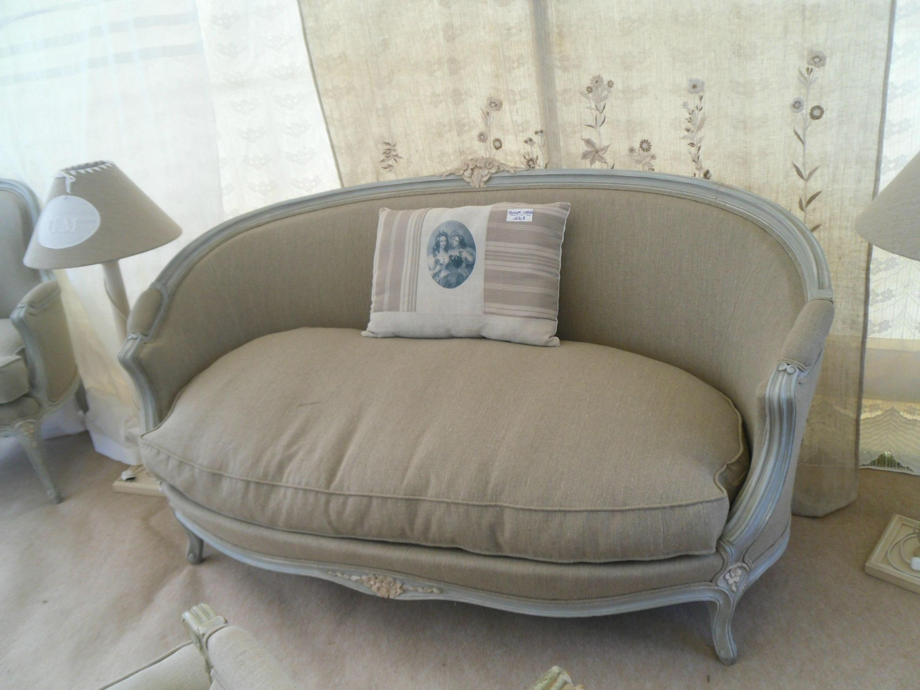 photos canap ancien louis xv. Black Bedroom Furniture Sets. Home Design Ideas