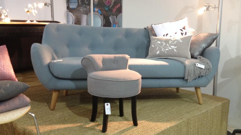 photos canap bleu ciel. Black Bedroom Furniture Sets. Home Design Ideas